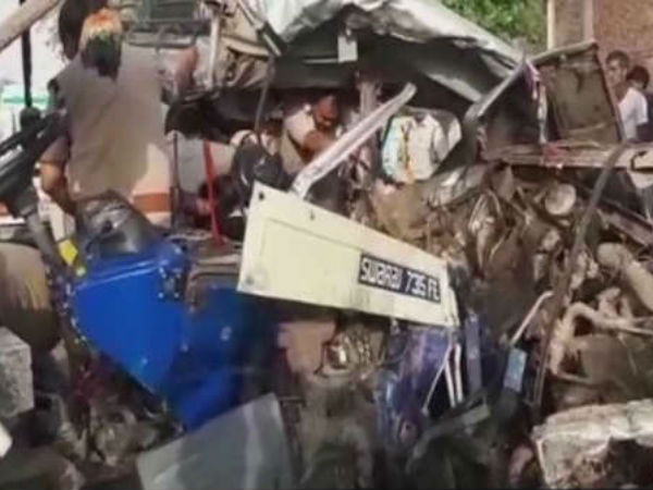 15 people killed in an accident in Madhya Pradesh