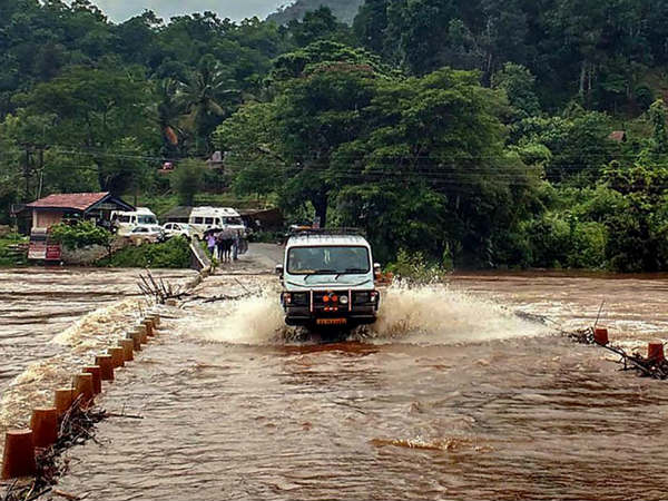 Chikkamagaluru Rain havoc : State Highways blocked