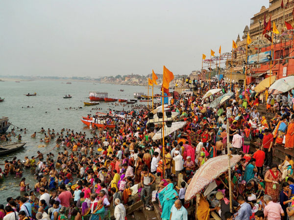 UP government new rules: Aadhaar is compulsory at time of cremation at river Ganges