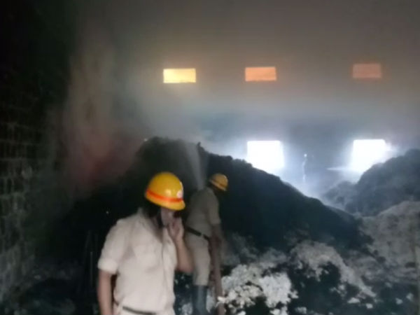 In Savadatti nagar APMC godown burned by fire accidentally.