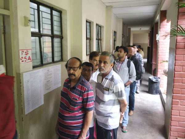 voting begins for Bangalore graduates constituency