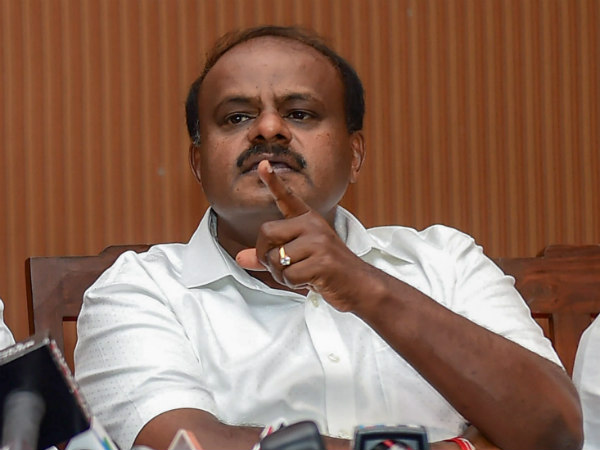 CM Kumaraswamy instructs officials to cut down unnecessary expenditure