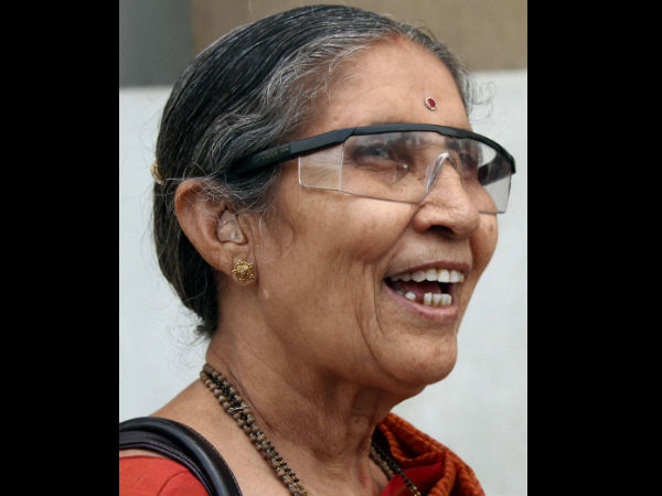 Jashodaben attends Iftar party in Ahmedabad