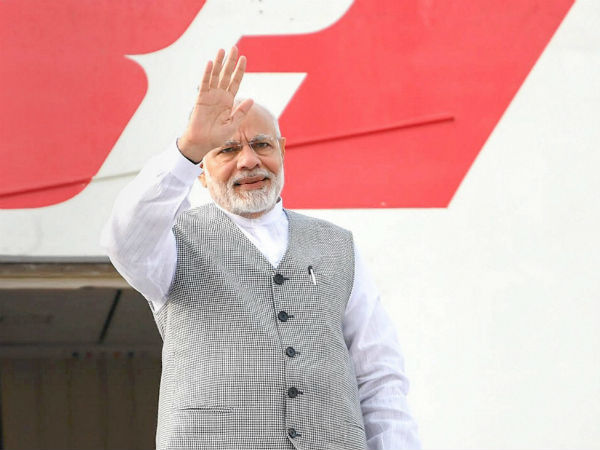 modi spent 355 crores for foreign trips