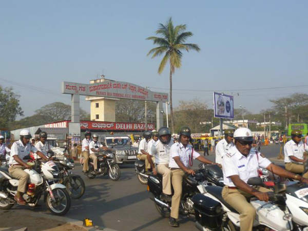 Shivamogga Police Allowed To Use Zero Traffic To Shift Patient