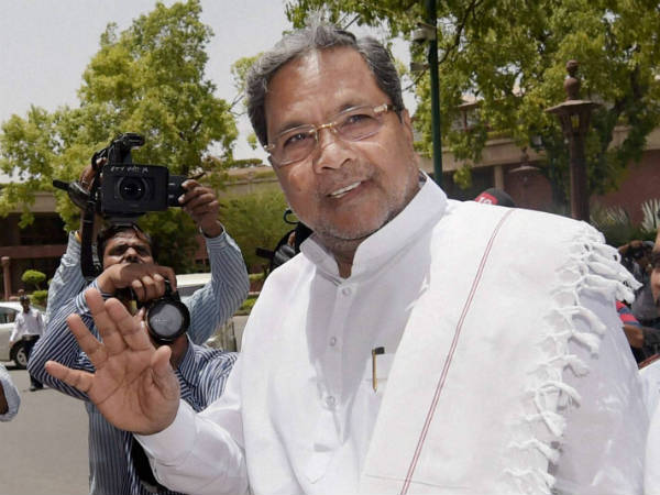 Siddaramiah is still young he can marry again: Chimmanakatti