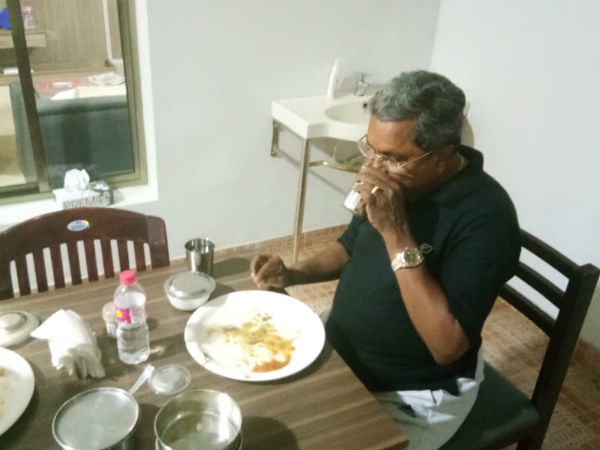 Siddaramaiah Become Pure Vegetarian