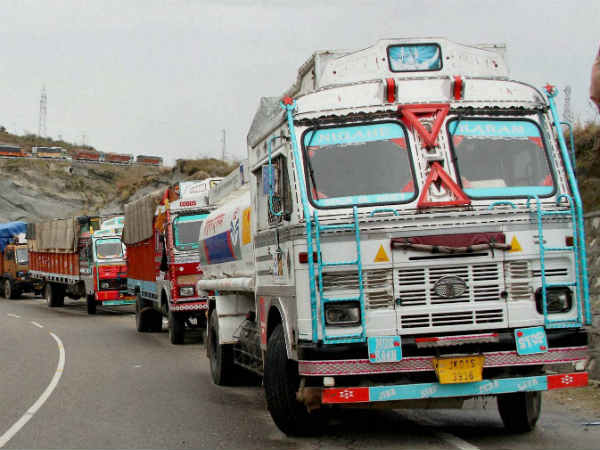 Truck owners Association hold protest against fuel price hike