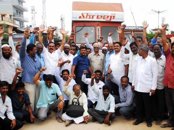 Truckers Indefinite Strike Postponed