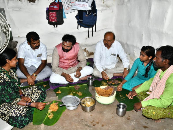 B Sriramulu has been Village stay in Nalagetanhatti Village.