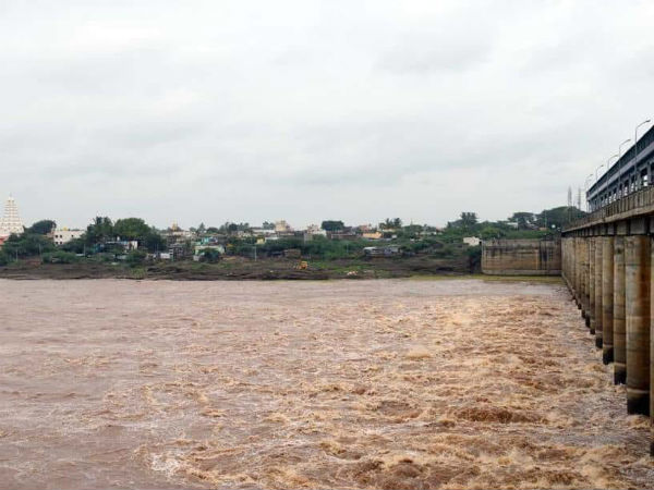 Due to heavy rain in Maharashtra, Water is released from the Koyna Reservoir