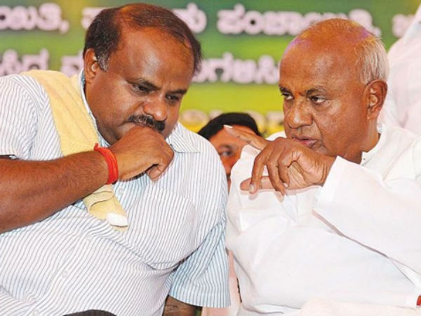 Deve Gowda congratulate Kumaraswamy on completing budget session
