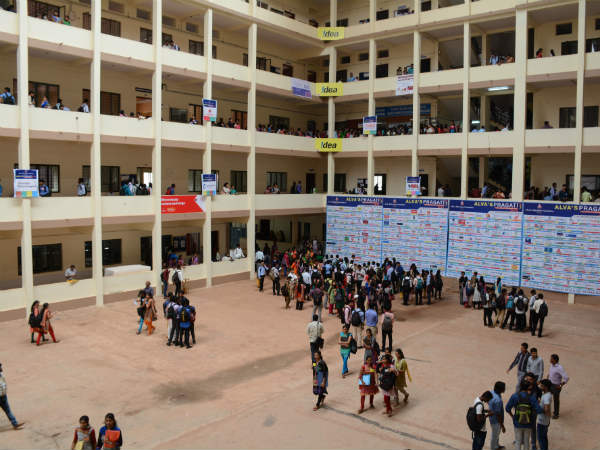 10 year Alvas Pragati concludes with 1,326 spot offers