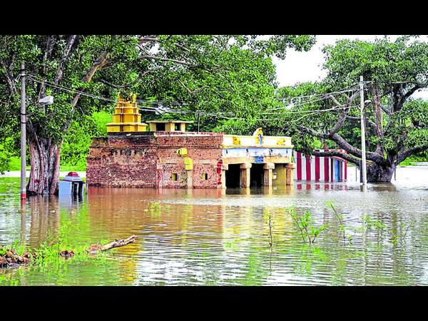 Kapila caused floods in the areas around the famous Srikanteshwaraswamy Temple in Nanjangud