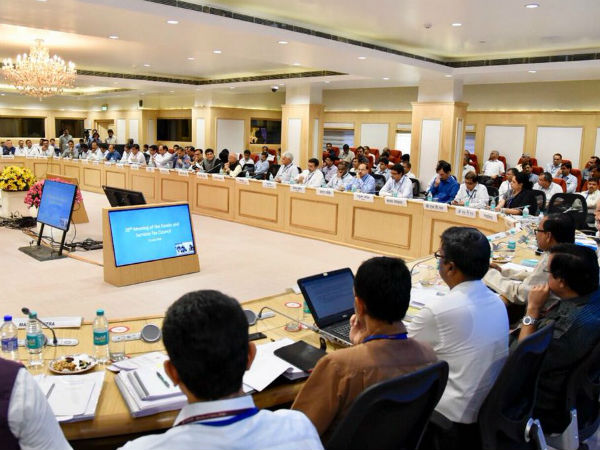 gst council 28 meeting sanitary napkin exempted from gst