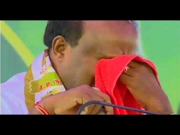 ಸಿಎಂ ಕುಮಾರಸ್ವಾಮಿ ಹಾಕಿದ ಕಣ್ಣೀರಿಗೆ ಟ್ವಿಟ್ಟಿಗರ ಪ್ರತಿಕ್ರಿಯೆ ನೋಡಿ..