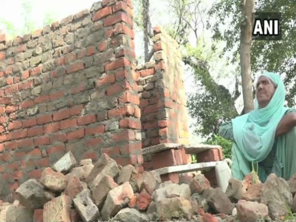 J&K woman, who built a toilet, is a true mascot of Swachh Bharat Abhiyan