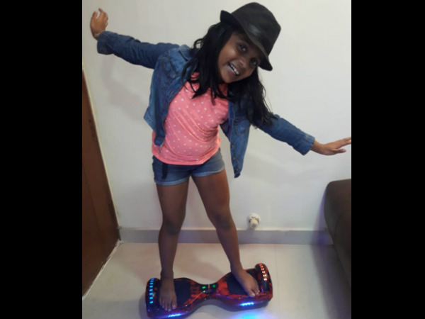 Bengaluru little girl Manya Harsha loves Hover board dance!