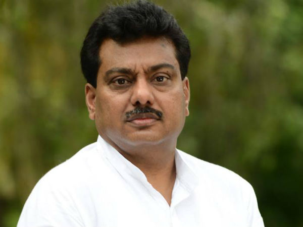 Ex Minister MB Patil denies contact with cycle Ravi