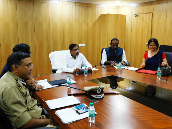 Bengaluru development minister Parameshwar meeting with BBMP over Tender sure work