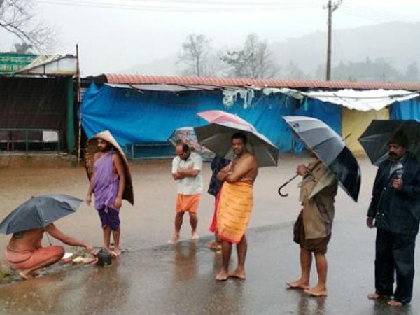 Heavy Rain In Kodagu Pooja Performs For Cauvery River
