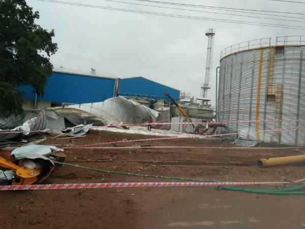 Water Tank Blast One Died In Nanjangud Parle G Factory