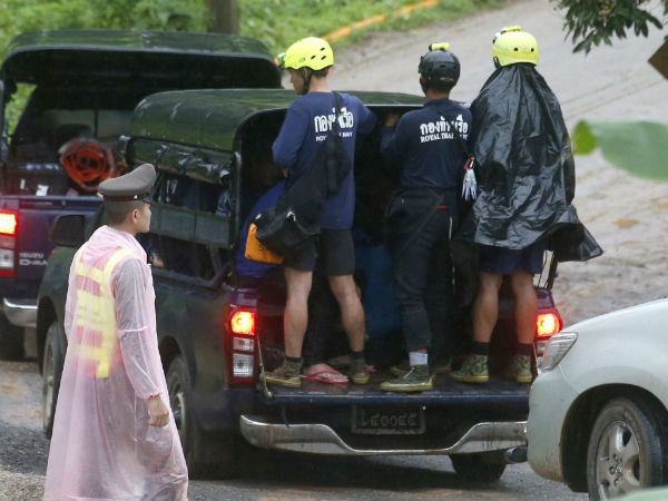 10th boy rescued from thais cave on Tuesday
