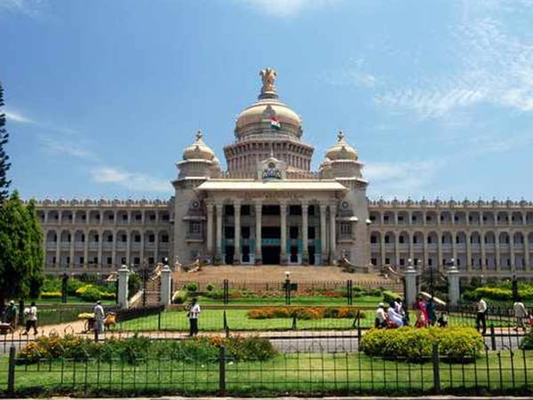 Congress MLC urges to heritage status for Vidhana soudha