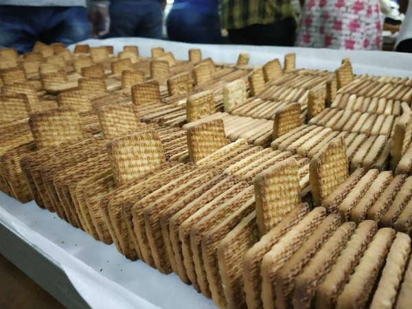 ಸಿಎಫ್ ಟಿಆರ್ಐನಿಂದ ನೆರೆ ಸಂತ್ರಸ್ತರಿಗೆ ರುಚಿಯಾದ ಪೌಷ್ಟಿಕಾಂಶ ಆಹಾರ ಪೂರೈಕೆ