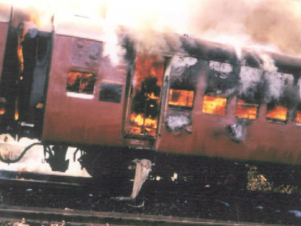 SIT court sentences life imprisonment to 2 in 2002 Godhra train burning case