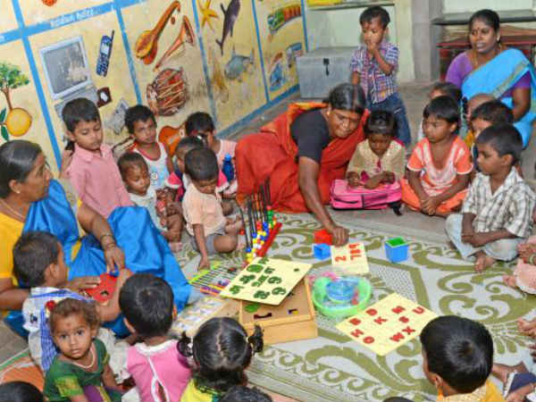 Apply for anganwadi worker and assistant post Yadgir