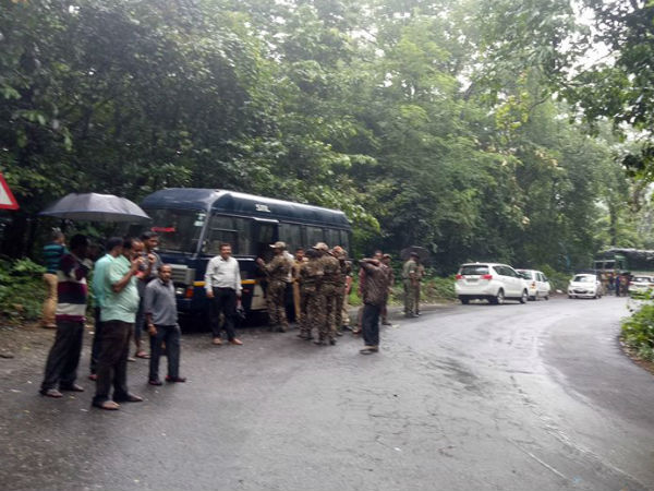 Charmadi ghat traffic jam as Shiradi ghat closed
