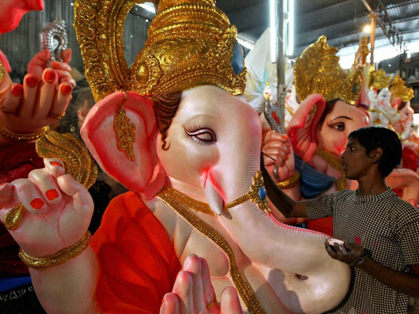 POP Ganesha making in full swing in spite of ban