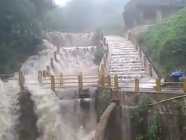Honnamana halla falls is flowing in danger level