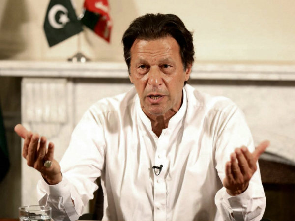 Imran Khan offered assistance to Kerala floods victims