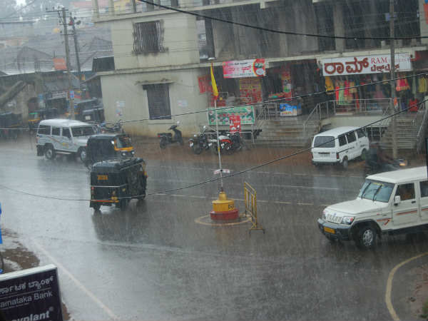 Heavy rain alarm in coastal again!
