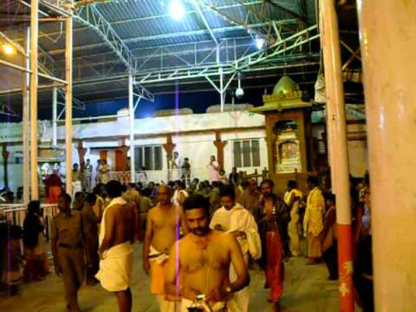 Mantralayam Ragavendra swamys special Aradhane starts from August 25