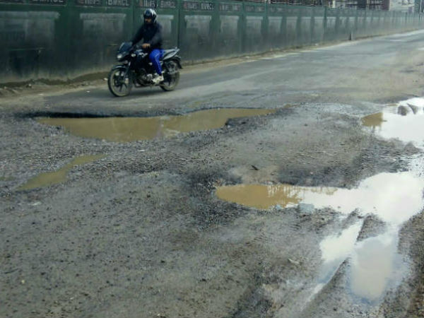 BBMP yet to fill more than thousand potholes in Bengaluru