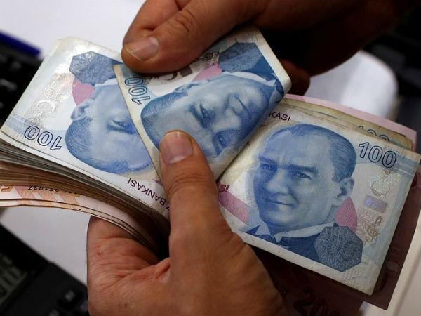 Rupee Hits Lifetime Low Against Dollar As Turkey Lira Turmoil