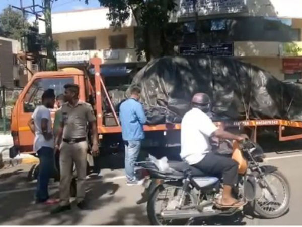 Accidental Darshan Car was taken into custody by VV Puram traffic police