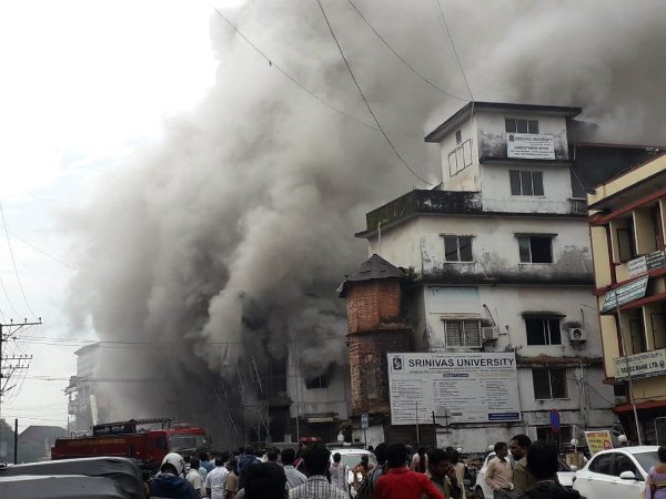 Fire at shops on GHS road in Managluru