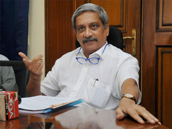 Goa CM Parikkar admits Delhis AIIMS hospital Delhi