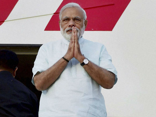 CIC directed MEA disclose names of private persons PM Modi on foreign tours