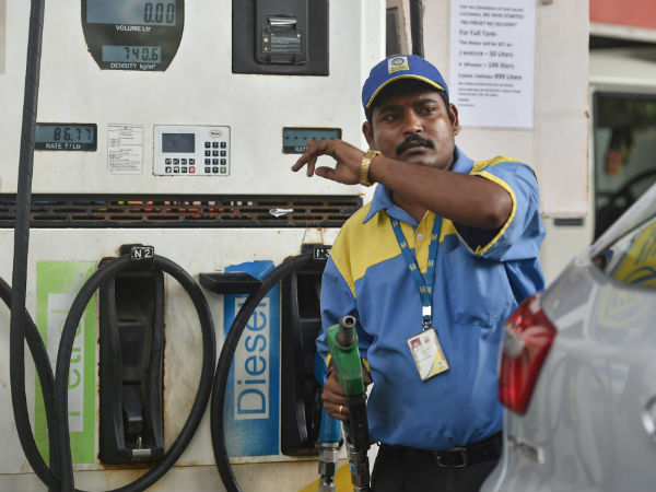 fuel price hike: petrol 28 paise and diesel price 22 jumped in new delhi