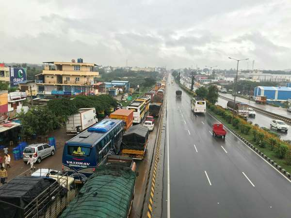 8 km traffic jam near Nelamangala