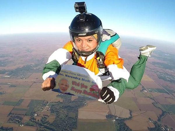 Indian Skydiver Jumps Off Plane From 13000 Feet To Wish Pm Modi