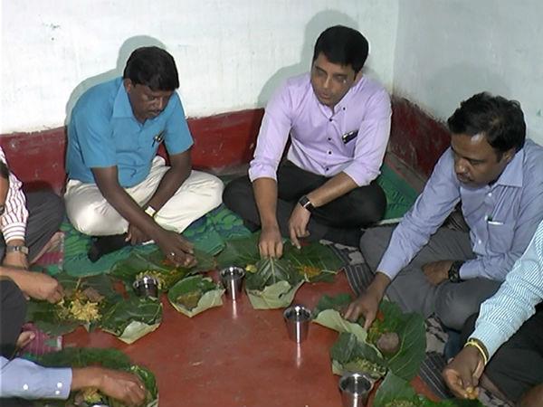 ಸೋಲಿಗರ ಪೋಡಿನಲ್ಲಿ ಜಿಲ್ಲಾ ಪಂಚಾಯತ್ ಸಿಇಓ ವಾಸ್ತವ್ಯ