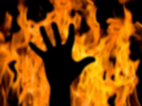 2 students burnt alive over affair with same girl in Telangana