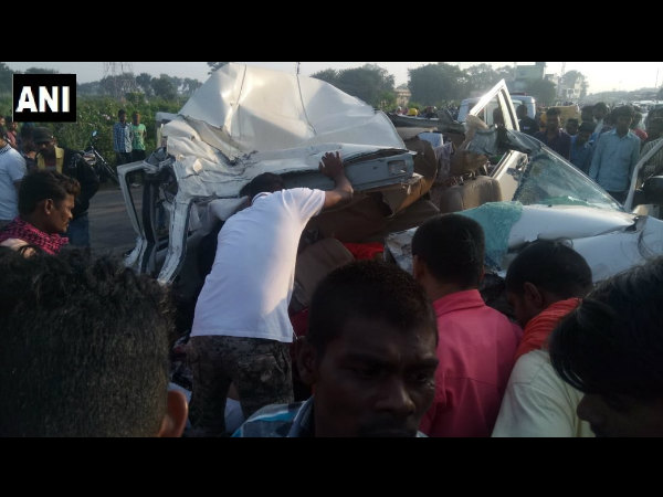 10 killed as SUV collides with truck in Chhattisgarh