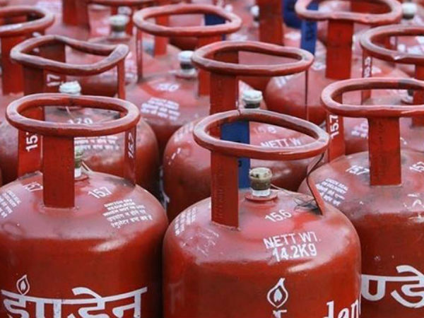 LPG price hiked by Rs.59 for non subsidies